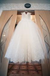 Продам свадебное платье б/у1 раз! Действительно красивое