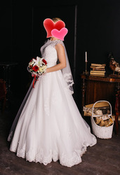 Продам свадебное платье со скидкой более 50% за 15 000